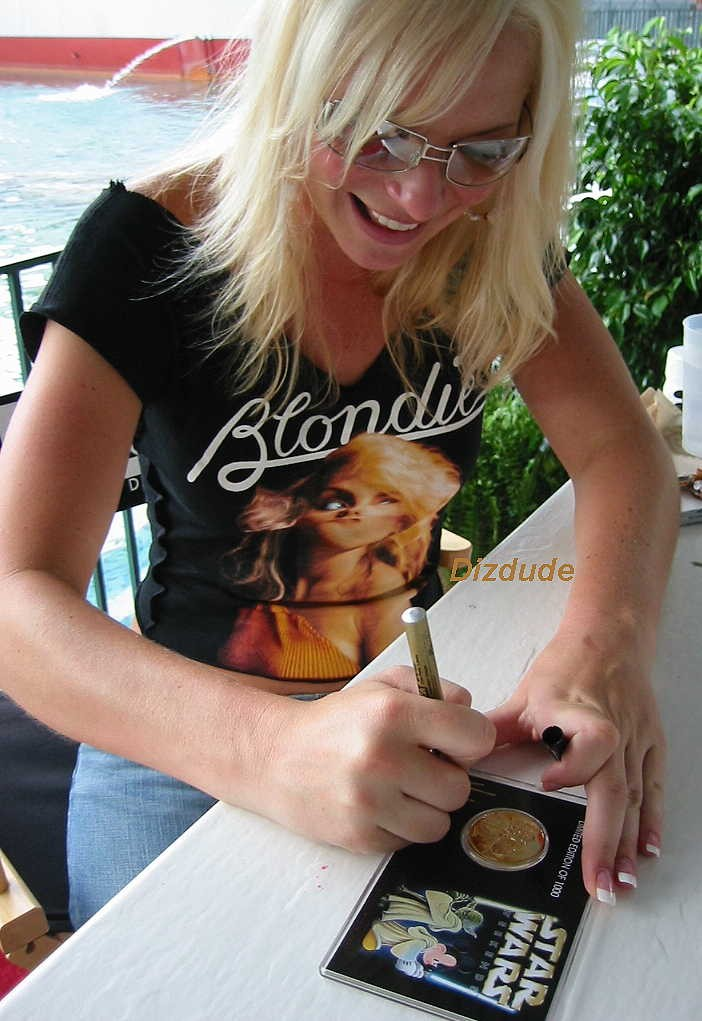 Michonne Bourriague Signing the Disney Star Wars Weekends 2003 Triple Autographed Gold Coin © Dizdude.com