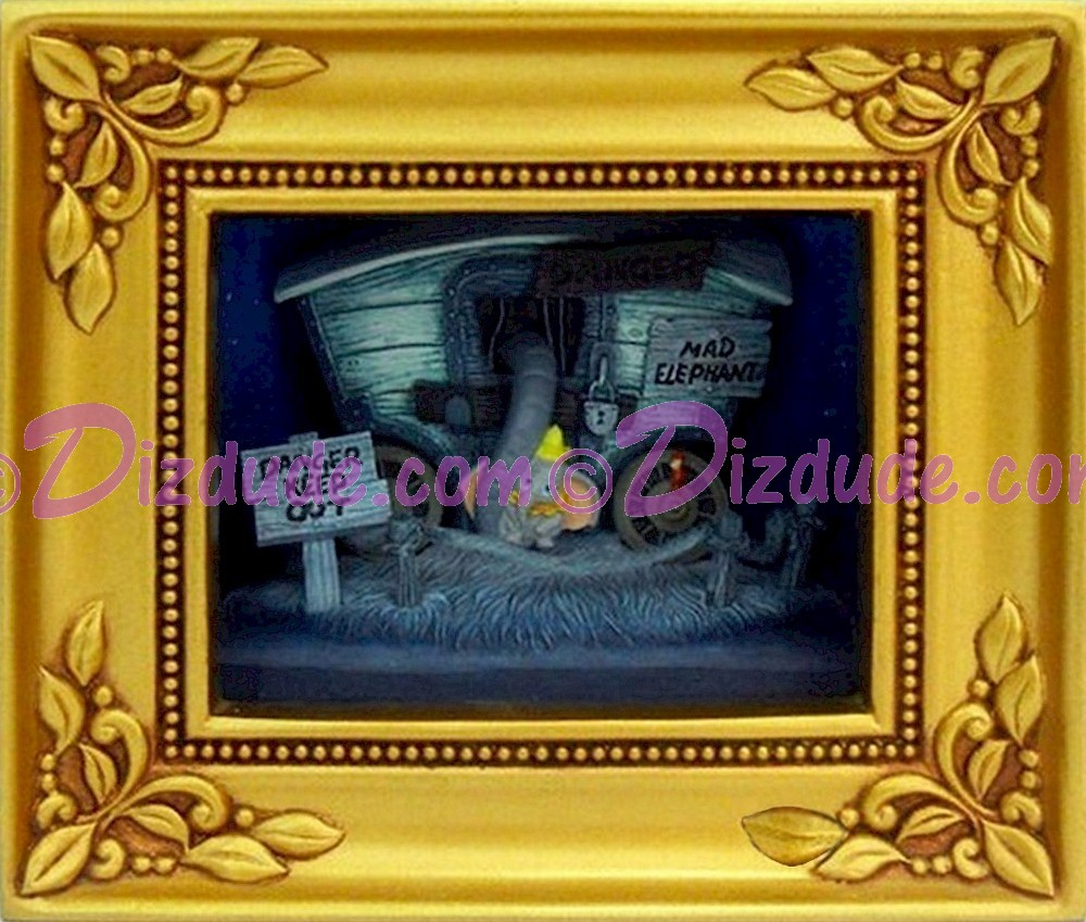 Olszewski Studios Gallery Of Light Box - Disney ~ Dumbo in Baby of Mine © Dizdude.com