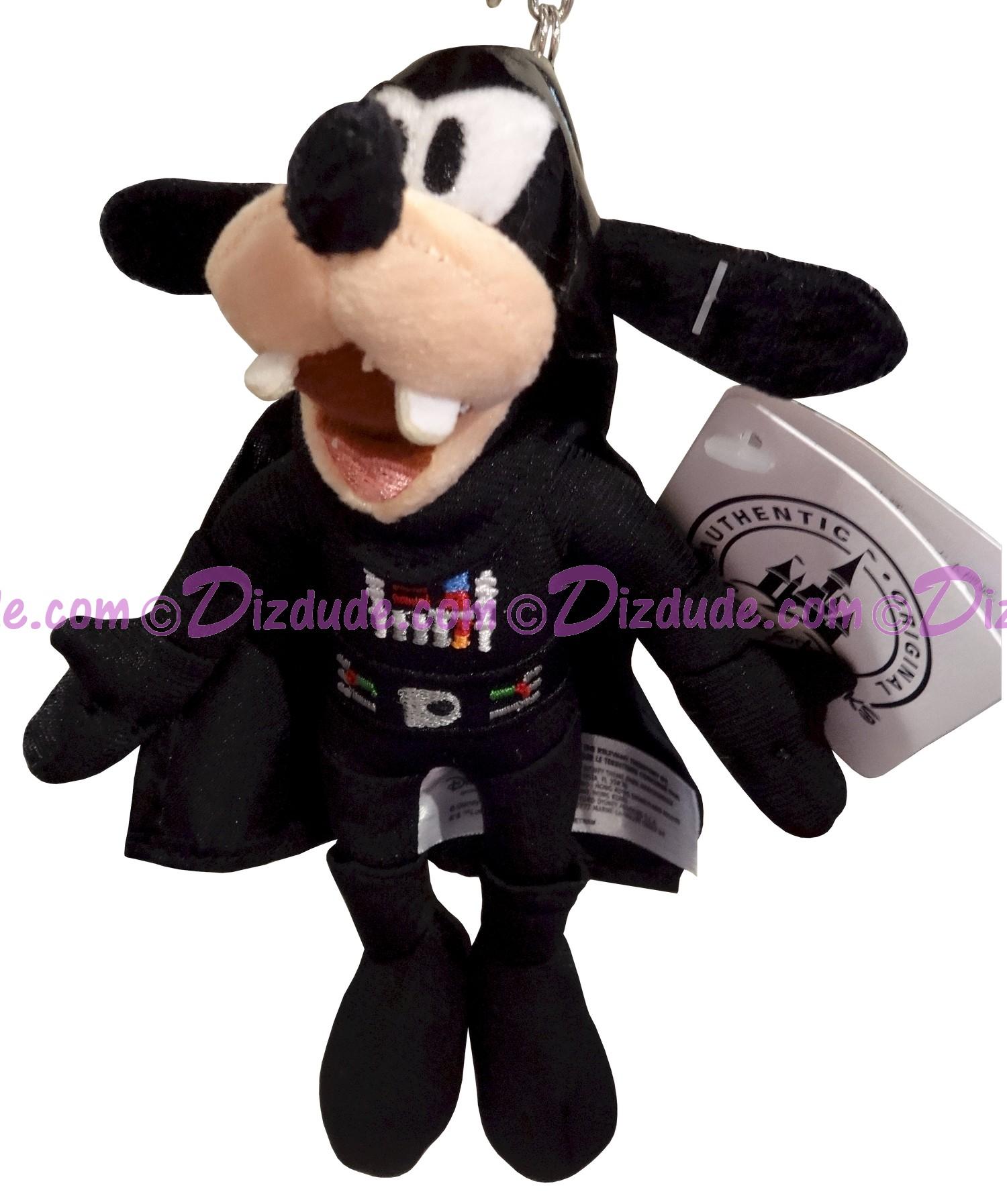 Disney Star Wars Goofy As Darth Vader Plush Key Chain Or Christmas Ornament  © Dizdude