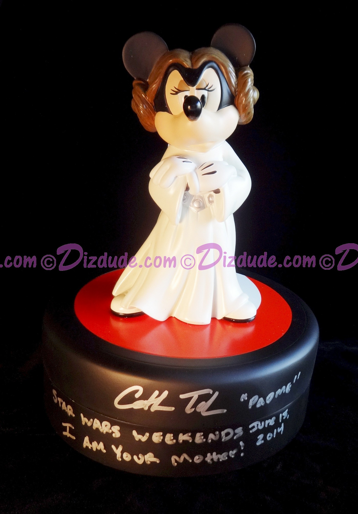 Minnie Mouse as Princess Leia Signed by Cat Taber - With Pin of LE 1977 & Signed by Costa Alavezos