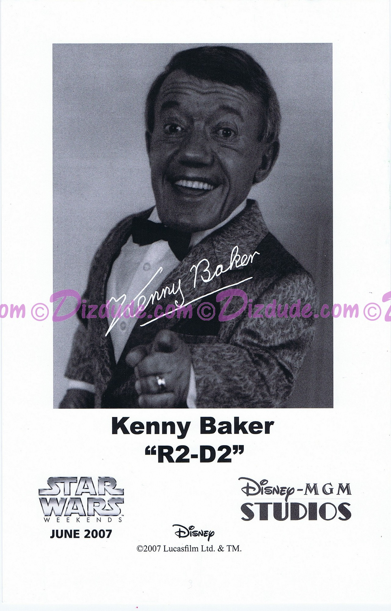 Kenny Baker who played R2-D2 Presigned Official Star Wars Weekends 2007 Celebrity Collector Photo © Dizdude.com