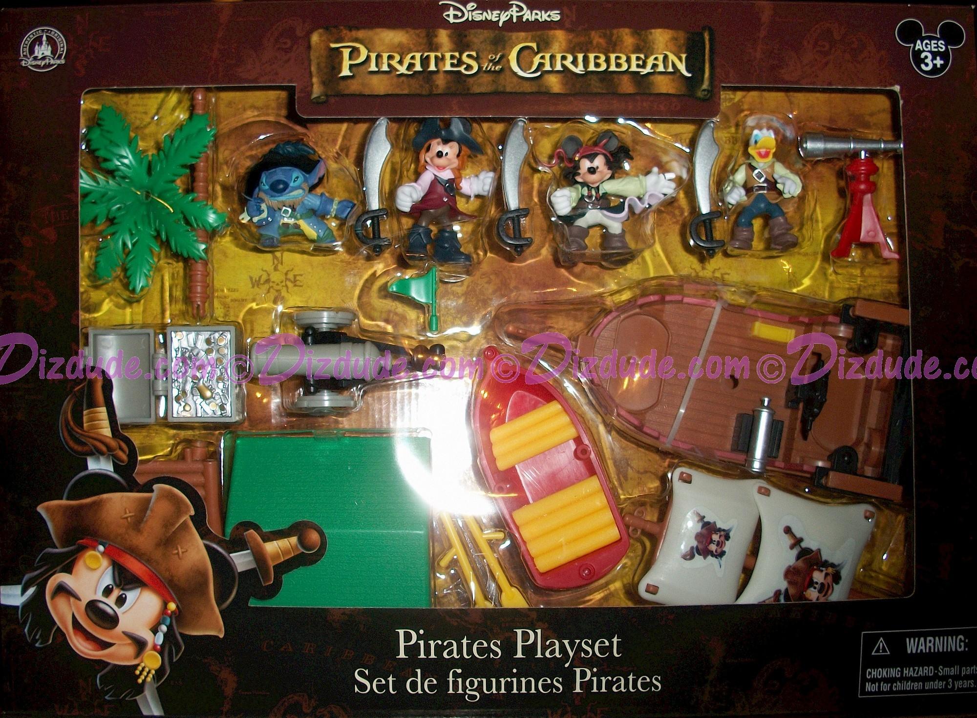 Disney's Pirates of the Caribbean Pirates Playset © Dizdude.com