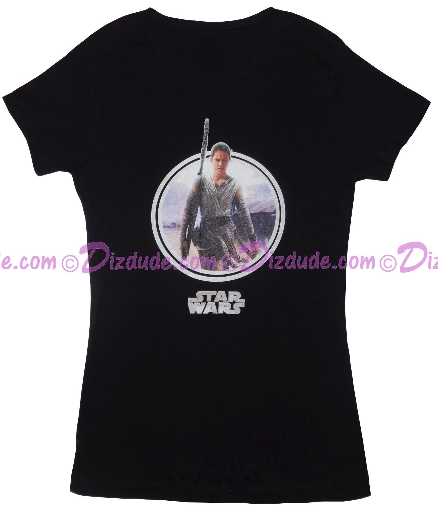 Vintage Rey Ladies T-Shirt (Tshirt, T shirt or Tee) Star Wars The Force Awakens © Dizdude.com